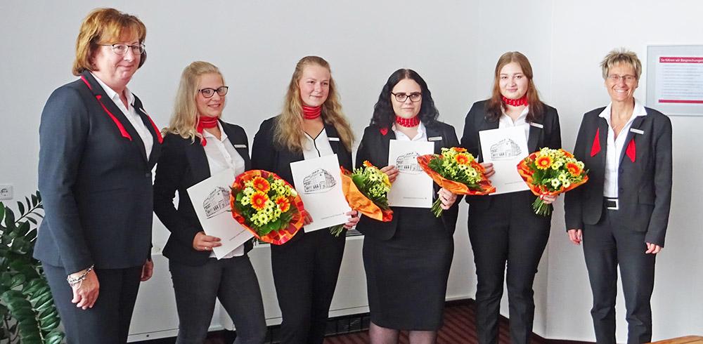 Neue Auszubildende in der Sparkasse Uecker-Randow begrüßt