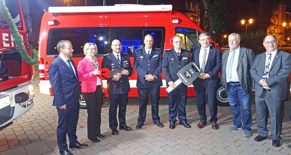 Gleich zwei neue Fahrzeuge zum Feuerwehr-Geburtstag