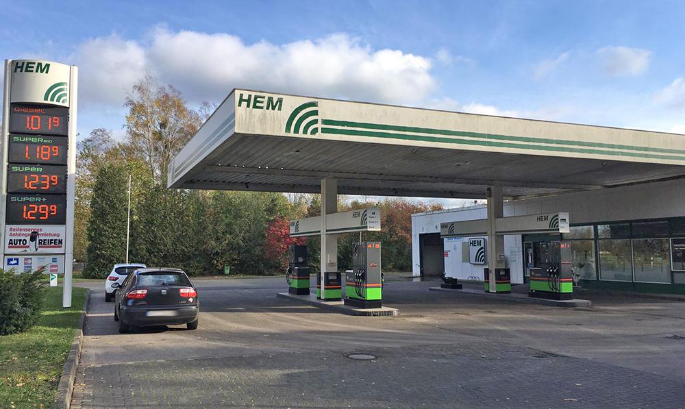 Ueckermünde: Tankstellenbesitzer schlägt Räuber in die Flucht