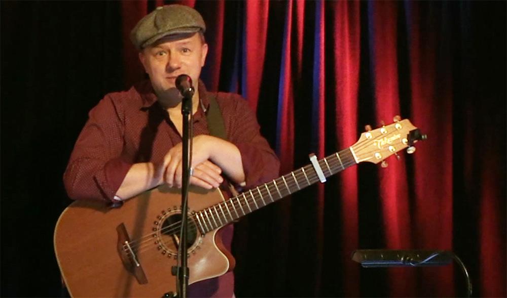 Ostersamstag um 20 Uhr: Tino Eisbrenner im Stream-Konzert auf der Speicherbühne erleben