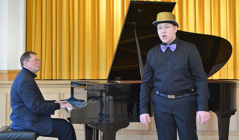 """Musikschüler vom Haff überzeugt beim Internationalen Musikwettbewerb """"Sibiriada"""" in Russland"""