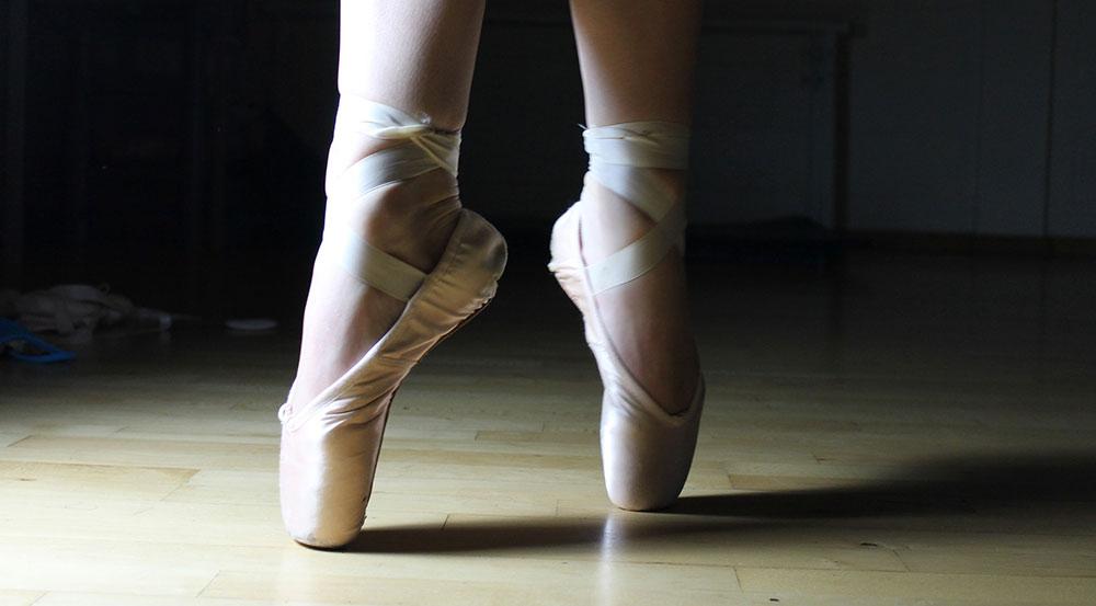 Tanzclub sucht Übungsleiter für Ballett und Breaking