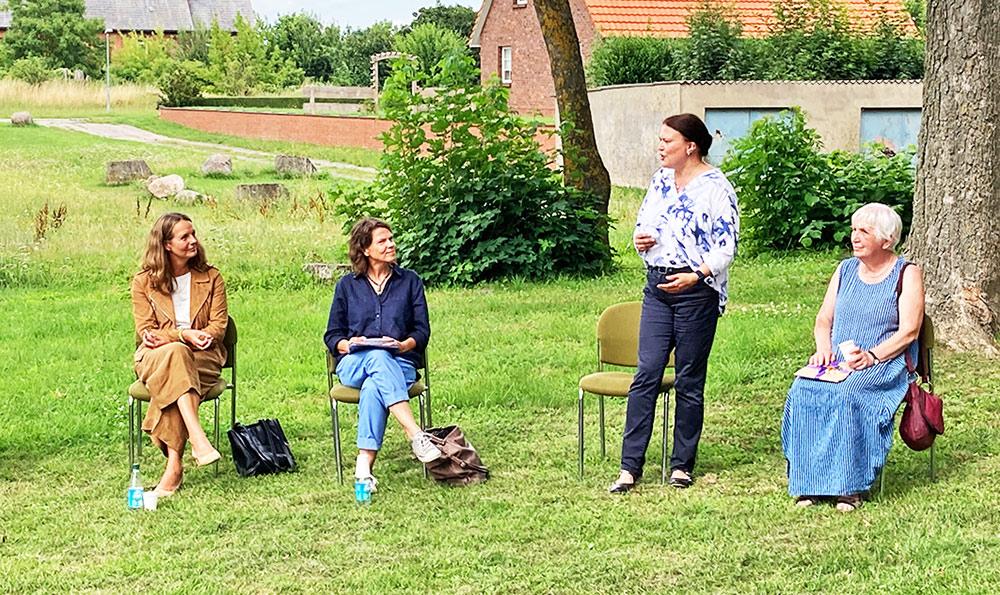 Strasburg wählt Sabrina Dittus als Künstlerin für die Dorfresidenz 2021/2022